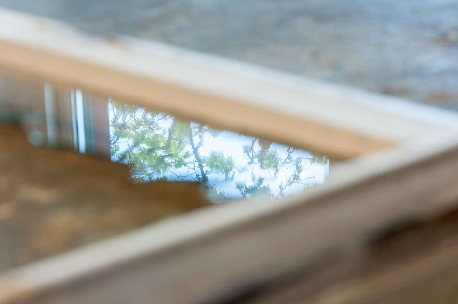 Närbild fönster. Foto: Gustaf Hellsing