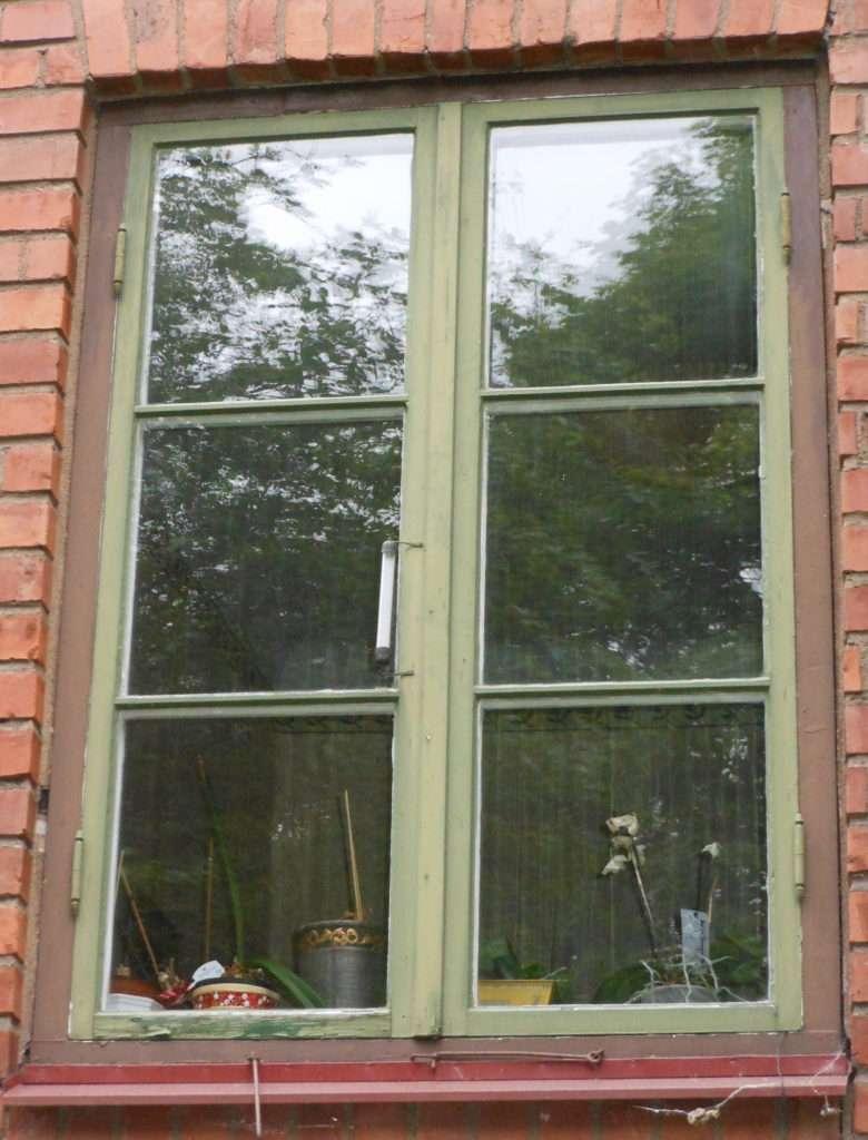 Fönster blyinfattade fönster : Tjänster – Svenska Glasstudion