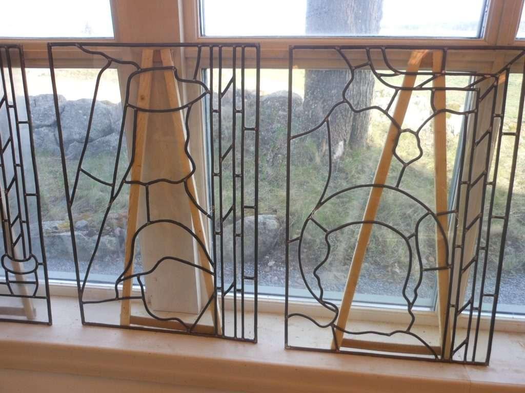 Fönster blyinfattade fönster : Blyspröjsning – Svenska Glasstudion